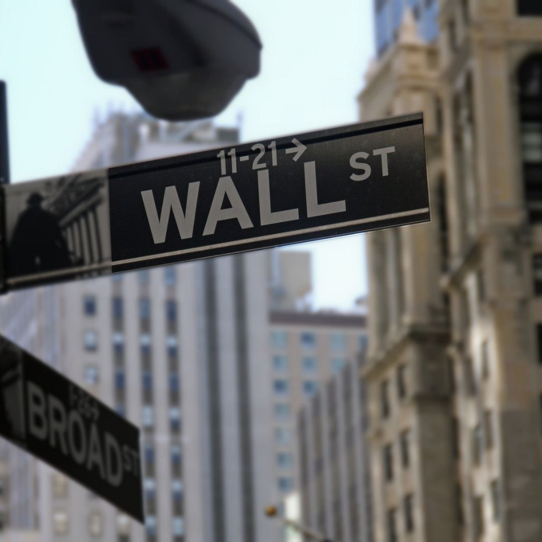 Wall Street Rallies in Mixed Results' Session Thursday
